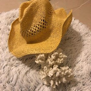 Forever 21 • Straw Cowgirl Hat